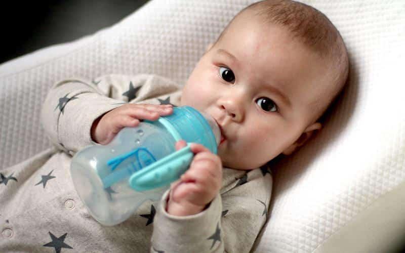 Прибавка в весе у новорожденных на грудном вскармливании по месяцам